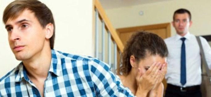 বিবাহিত নারীরাই বেশি পরকীয়া করেন